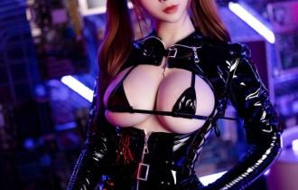 Coser@叉子宝宝 – NO.007黑暗护士[36P82M]
